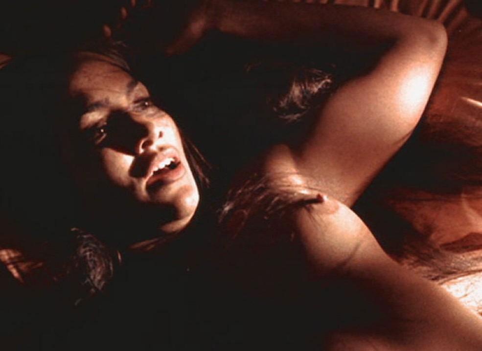 Jennifer Decker  nackt