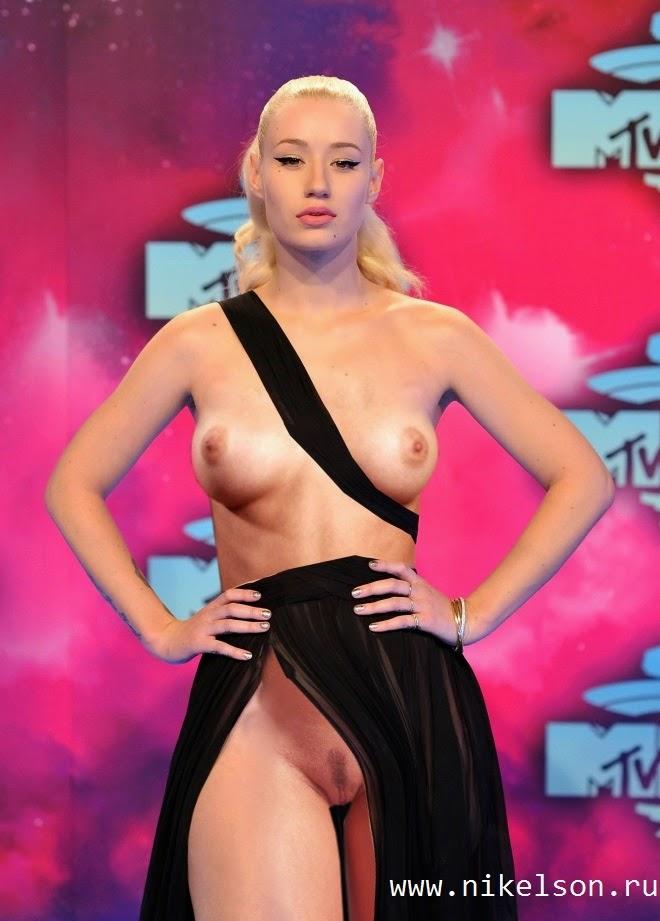 Iggy Azalea Nude Fakes